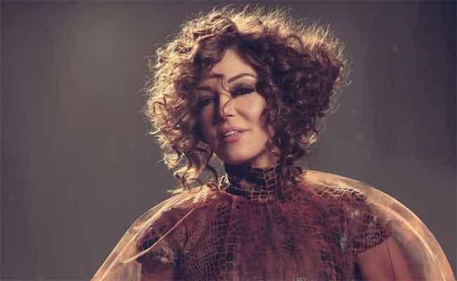 سميرة سعيد تهدي أغنية لأسود الأطلس
