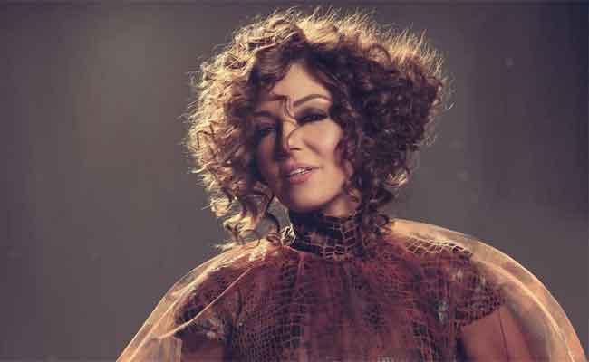 الديفا سميرة سعيد تعانق جمهورها  المغربي في النسخة الثانية لمهرجان مكناس الدولي