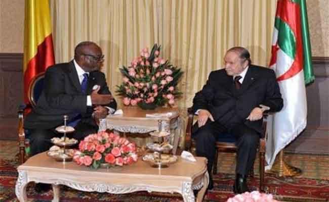 إشادة الرئيس المالي برئيس الجمهورية بوتفليفة على جهوده لتحقيق الاستقرار في مالي
