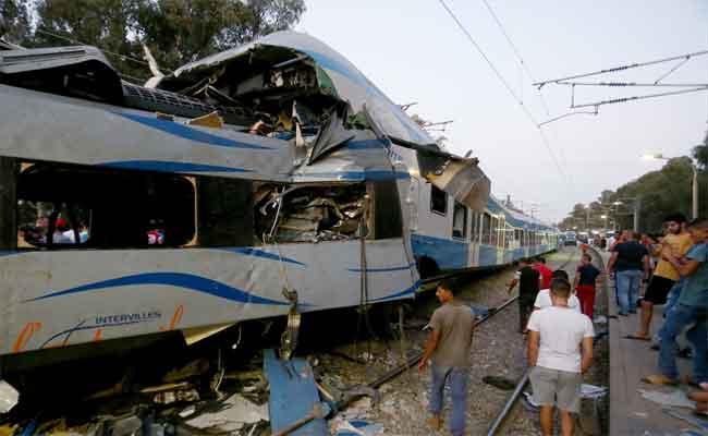 اصطدام بين قطارين أحدهما لنقل المسافرين و الآخر لنقل البضائع بسوق أهراس