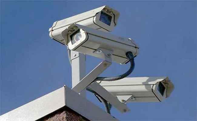 كاميرات المراقبة تقود أمن العاصمة للإطاحة بمرتكبي جريمة قتل