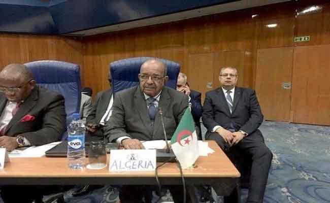 مشاركة مساهل في أشغال الندوة الاقليمية حول الأمن في مالي و في الساحل و آثاره على  غرب افريقيا بباماكو