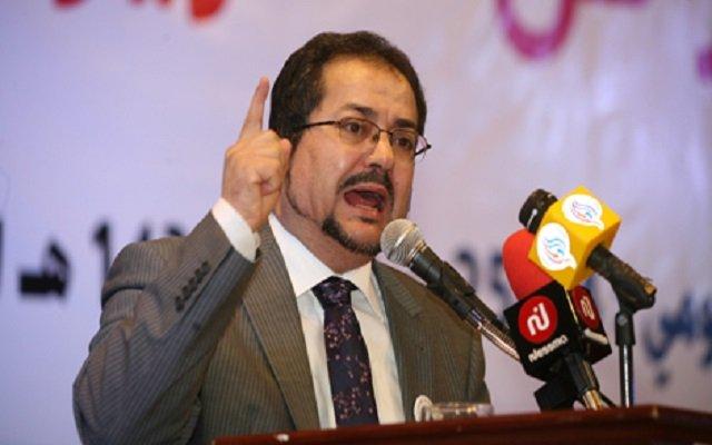 مناصرة يقصف ولد عباس