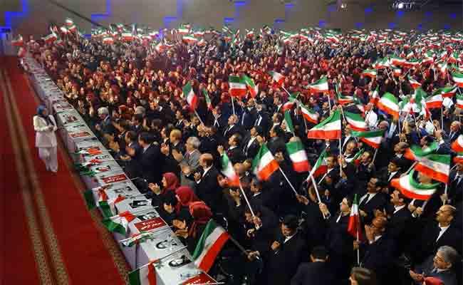 كيف نجح النظام الإيراني في توحيد الشعب ضد ترامب والسعودية ؟
