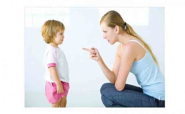 كيف تكتشفين أن ابنك المراهق يكذب؟