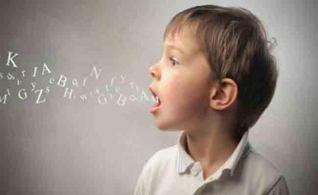 لماذا يتلعثم الأطفال؟ اكتشفوا ابرز العوامل المؤثرة