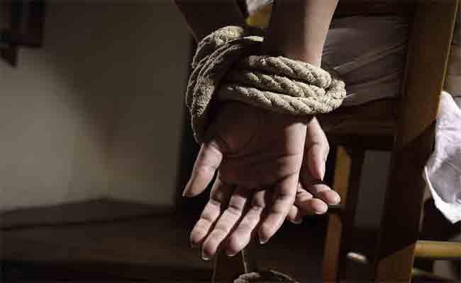 تحرير فتاة من قبضة مختطفيها و توقيف ثلاثة متورطين بقسنطينة
