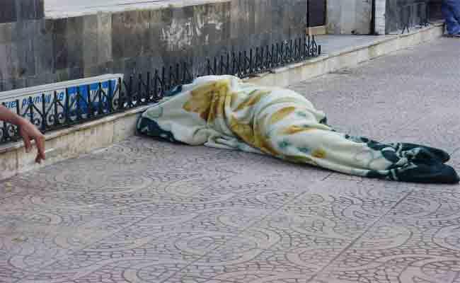 التكفل  بالمشردين وفاقدي المأوى بشوارع الجزائر العاصمة