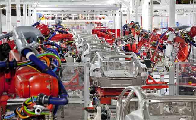 تسلا تقوم بضم شركة تصنيع آلية جديدة لحل مشاكلها في الإنتاج
