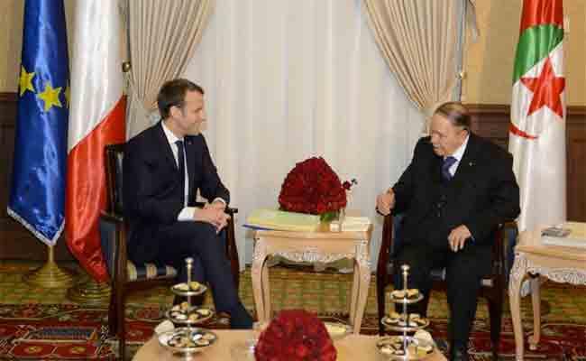 العلاقات الجزائرية الفرنسية : الرئيس بوتفليقة و نظيره ماكرون  يقيمان
