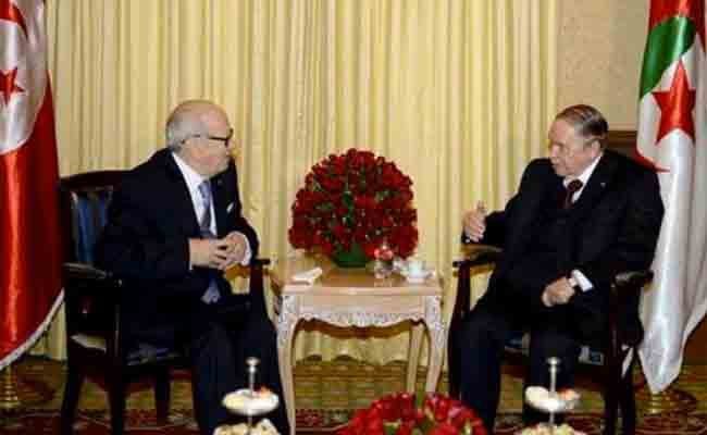 رئيس الجمهورية بوتفليقة يبعث برقية إلى نظيره التونسي السبسي
