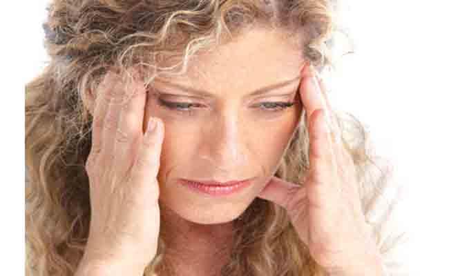 4 أعراض تشير الى إصابتكم بالصداع النصفي