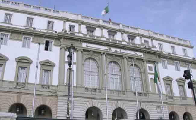 الذكرى العشرين لتأسيس مجلس الأمة : الغرفة العليا للبرلمان أضحت اليوم هيئة برلمانية