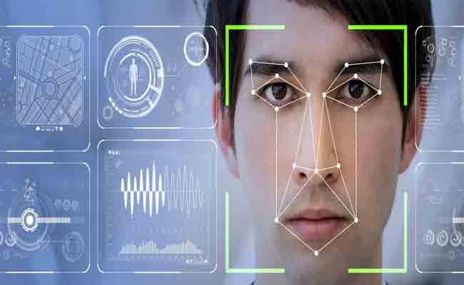في الصين، ضباط الشرطة يستخدمون نظارات مجهزة بتكنلوجيا التعرف على الوجه