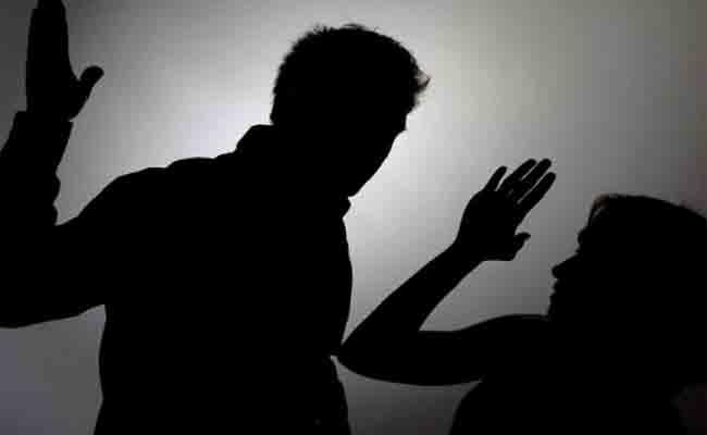 إطلاق قاعدة البيانات (أمان) الخاصة  بالنساء المعنفات واللواتي يعشن في وضع صعب