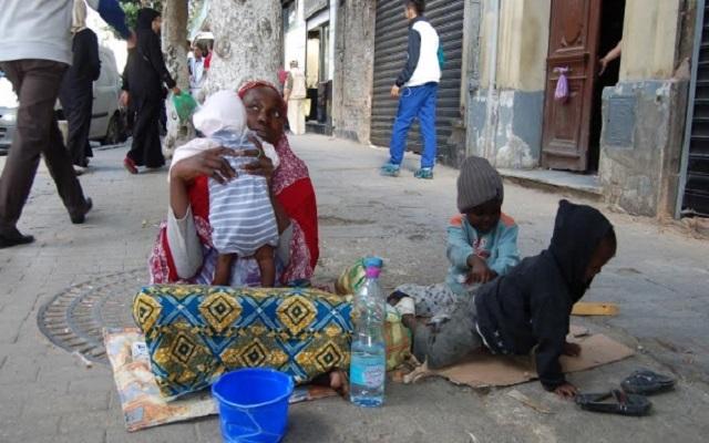 تفكيك عصابة نيجيرية تتاجر بالأطفال والنساء بالجزائر
