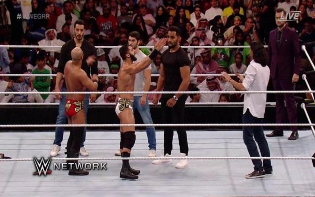 الصراع السعودي الإيراني ينتقل إلى حلبة WWE