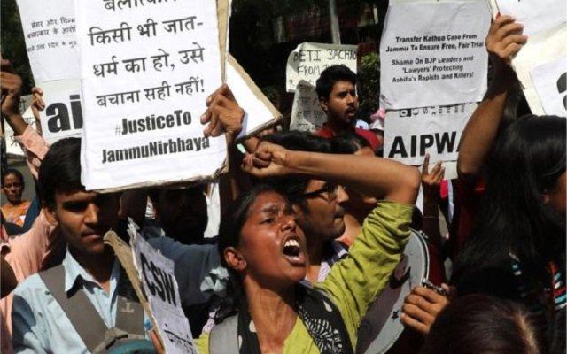اغتصاب وقتل طفلة مسلمة في الهند يشعل نار النزاعات
