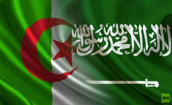 العاهل السعودي يعرب عن ارتياحه لجودة العلاقات التي تربط بين السعودية و الجزائر