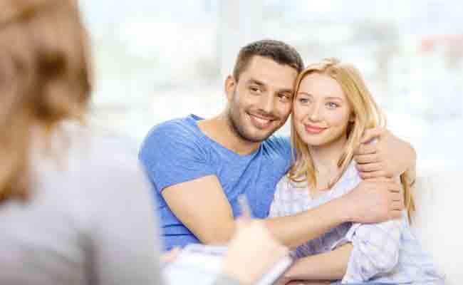 4 عبارات لا ترغب الزوجة بسماعها أبداً من شريك حياتها!