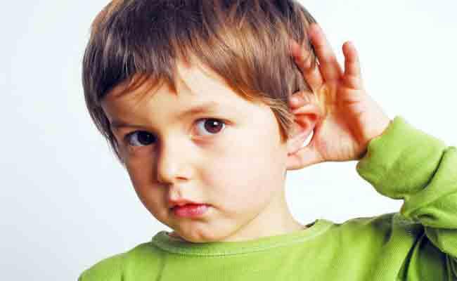 حملة تحسيسية و إحصاء للتلاميذ الذين يعانون من مشاكل سمعية