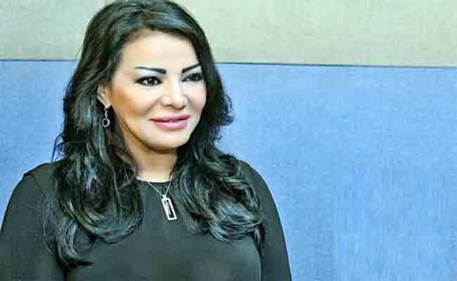ليلى غفران بالنقاب المغربي القديم في