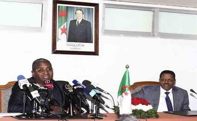 وزير السياحة و الصناعات التقليدية الجديد حسن مرموري يستلم مهامه