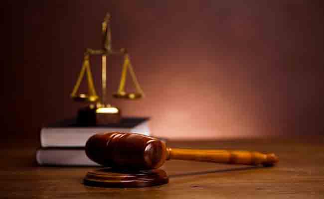 محكمة بسكرة تنطق أحكامها في قضية التلاميذ الثلاثة الذين تورطوا في محاولة حرق ثانوية