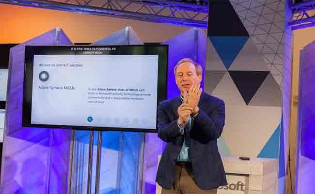 لأول مرة في تاريخها، مايكروسوفت تنشأ نسختها الخاصة من نظام لينكس