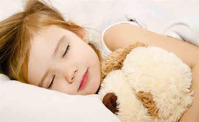 كيف تتعاملين مع طفلك اذا كان يعاني من الارهاق؟
