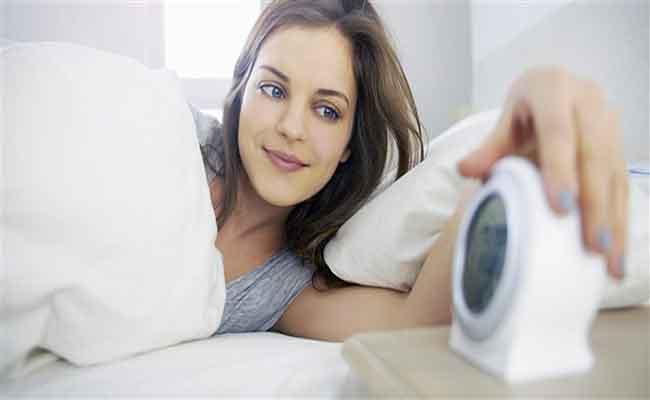 كيف تعوّدون انفسكم على الاستيقاظ المبكر مجدداً؟