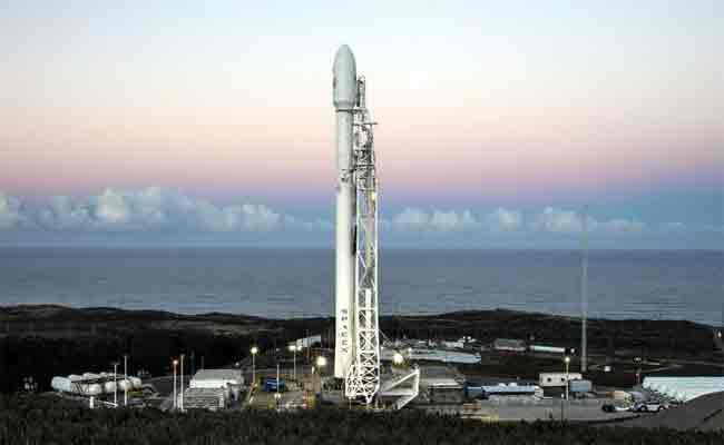 سبيس إكس تود تجربة بالونات عملاقة لاستعادة الجزء الثاني من صاروخها