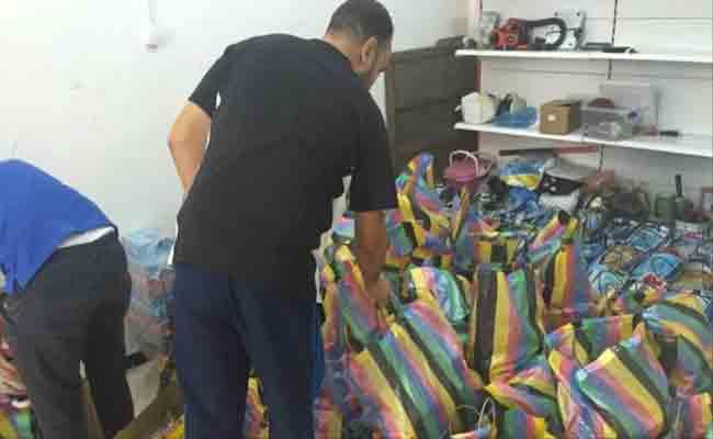 توزيع أزيد من 5 آلاف قفة رمضانية على المعوزين بالبويرة