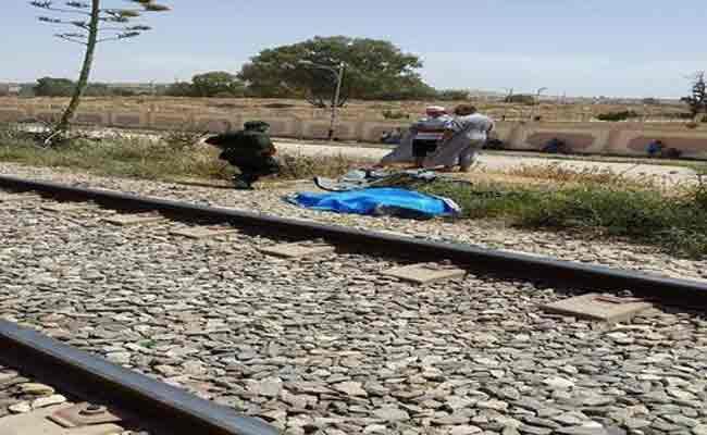 قطار لنقل المسافرين يدهس كهلا بمعسكر