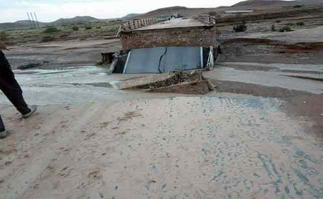 انهيار جسر وادي بورديم بالمسيلة