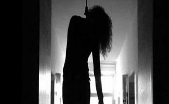 مصالح الحماية المدنية بقالمة تنقل جثّة امرأة أربعينية مشنوقة فوق سطح منزلها