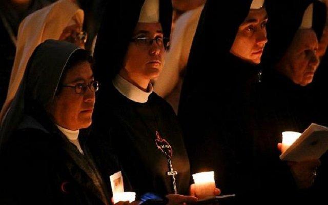 راهبات يتهمن قساوسة بالتحرش الجنسي والاغتصاب