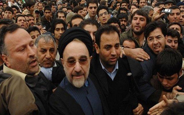 وشهد شاهد من أهلها إيران تراجعت 100 عام في مجال الديمقراطية والعدالة