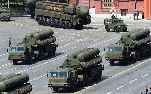 قطر تقترب من إنهاء صفقة شراء أنظمة إس-400 الصاروخية