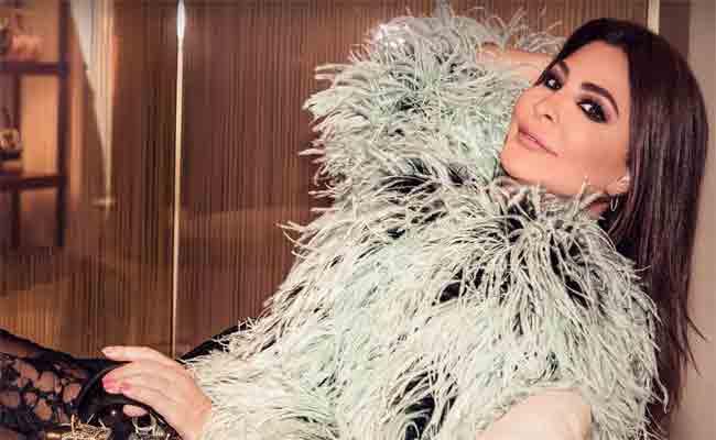 اليسا تسدل الستارة عن ألبومها الجديد
