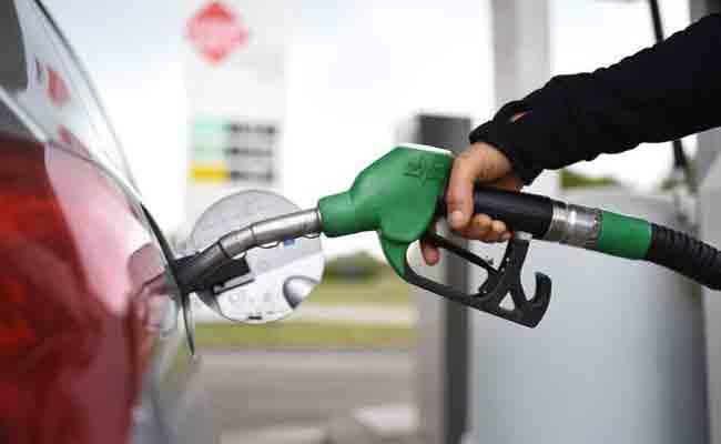 اثنين من الهاكرز استطاعا سرقة 2700 لتر من البنزين خلال 90 دقيقة
