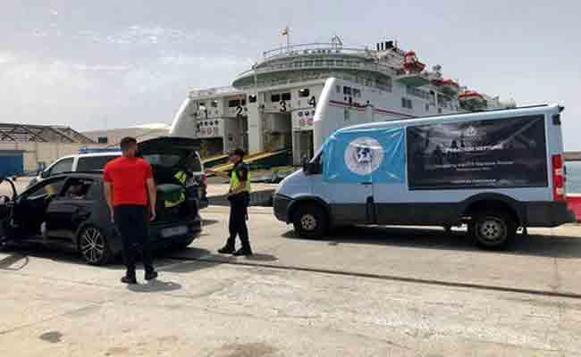 إيفاد أعوان من الشرطة الدولية (الأنتربول) إلى 8  موانيء منها الجزائر من أجل تعزيز مكافحة الإرهاب