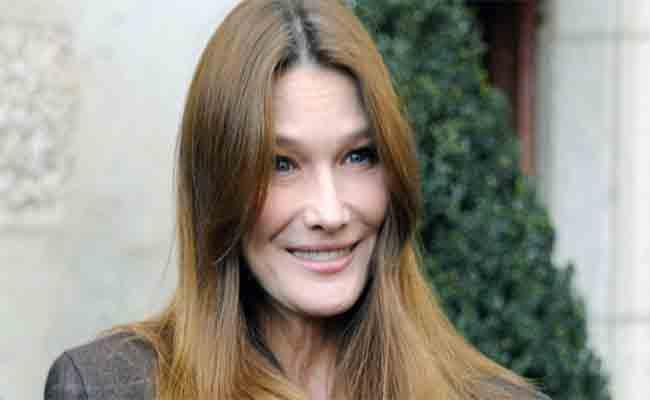 زوجة رئيس فرنسي سابق تحيي حفلا غنائيا في مهرجانات بيت الدين الدولية
