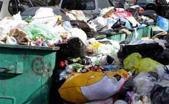 في ظرف 6 أشهر : جمع ما يقارب 600 ألف طن من النفايات المنزلية واسترجاع 82 طن من الخبز بالعاصمة