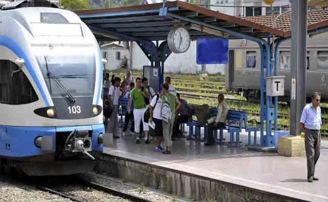 برنامج خاص لسير قطارات الخطوط الطويلة للمسافرين خلال أيام عيد الأضحى