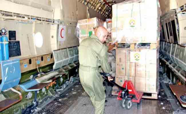 الحكومة الجزائرية ترسل مساعدات إنسانية استعجالية للنيجر تقدر بـ30 طن
