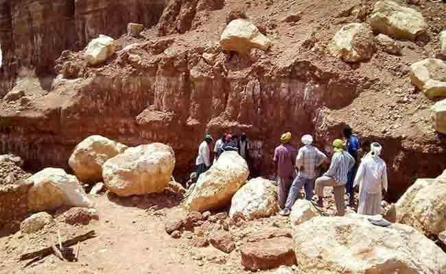 انهيار صخري يتسبب في مقتل شاب ثلاثيني بأدرار