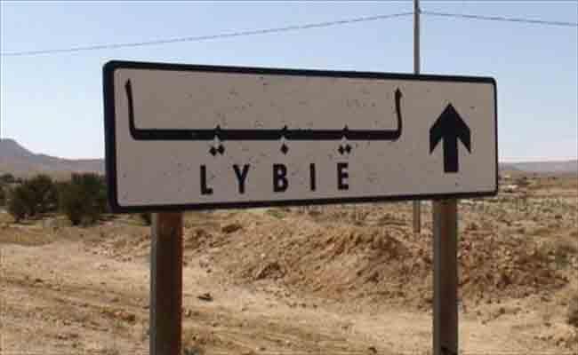 الجالية الجزائرية بشرق ليبيا تناشد رئيس الجمهورية لفك العزلة عنها