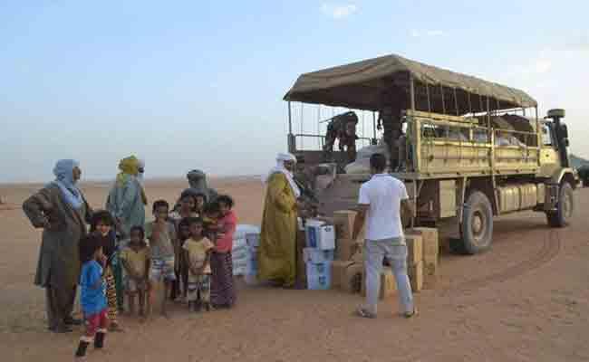 الجيش يواصل مد يد المساعدة للمواطنين المتضررين جراء فيضانات عين قزام