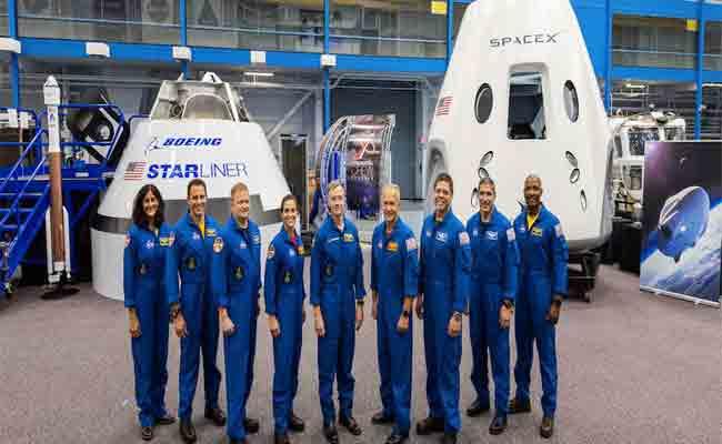 سبيس X سترسل أول روادها الأمريكيين إلى الفضاء